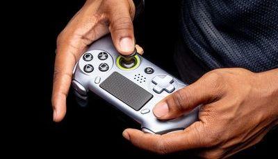 PlayStation licencia novo controlador para a PS4