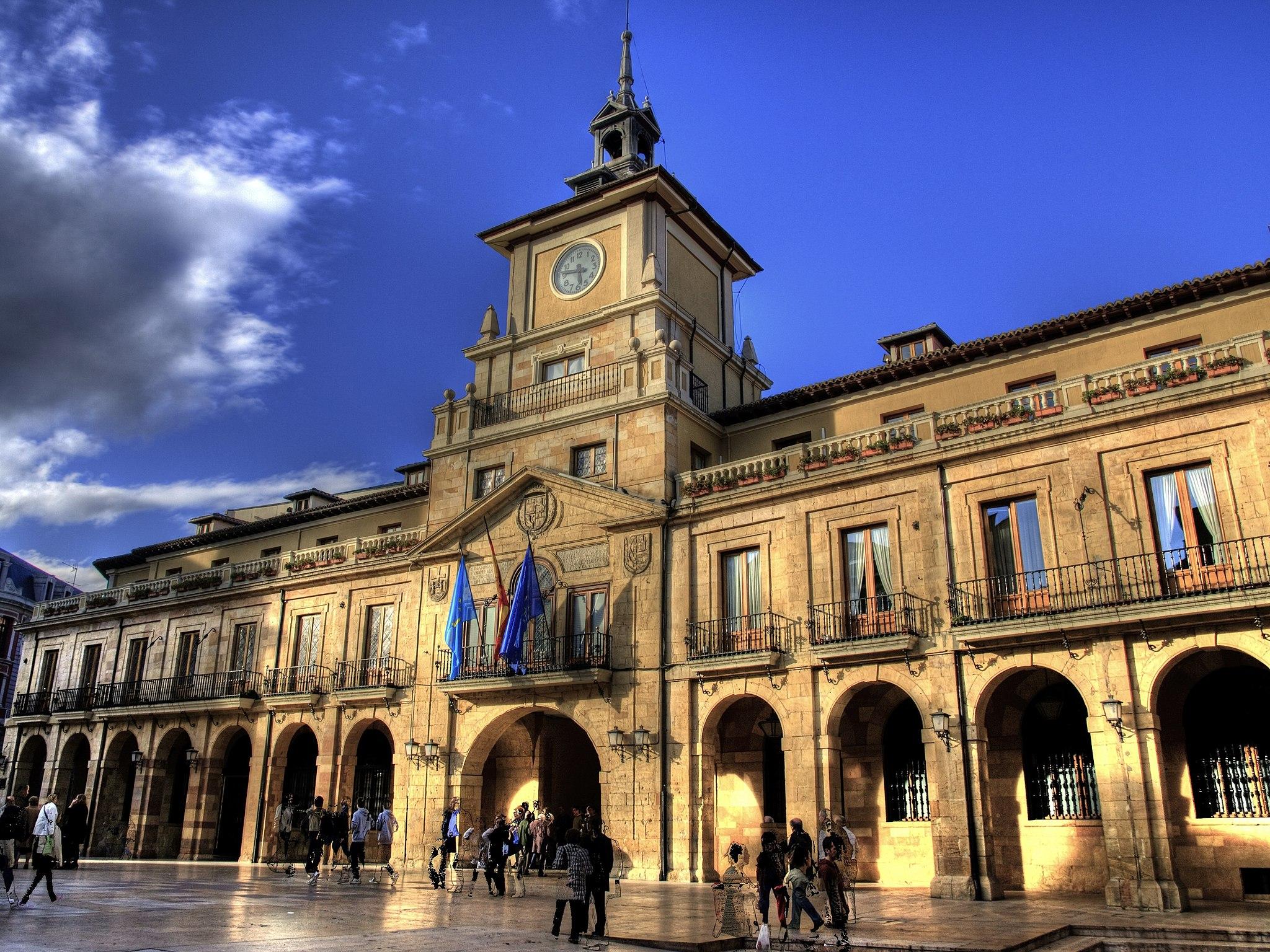 Oviedo: uma cidade para percorrer a pé e deliciar-se com a gastronomia