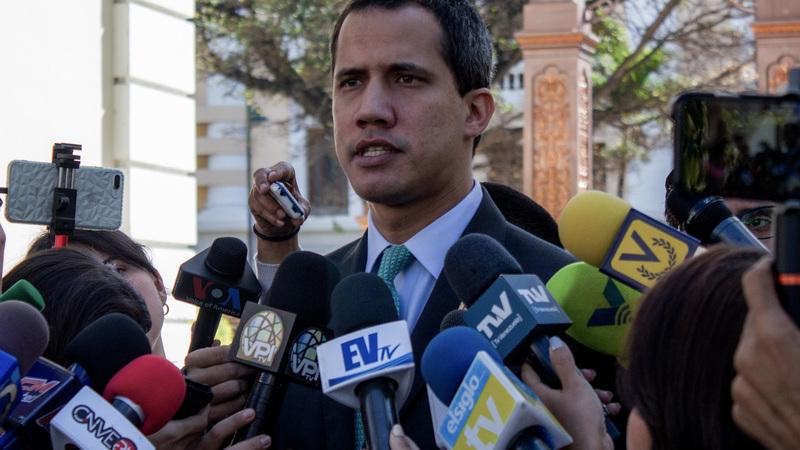 Venezuela: PSD e PS apoiam Guaidó e sanções, PCP não reconhece legitimidade do opositor