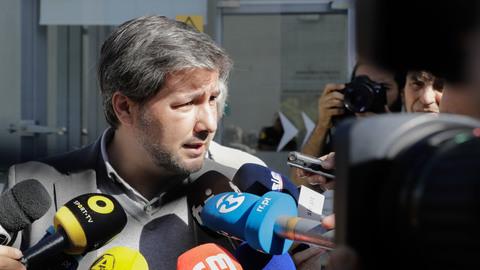 A explicação do juiz para a saída de Bruno de Carvalho e Mustafá em liberdade