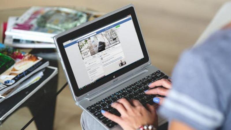 Dez passos para identificar um perfil falso numa rede social