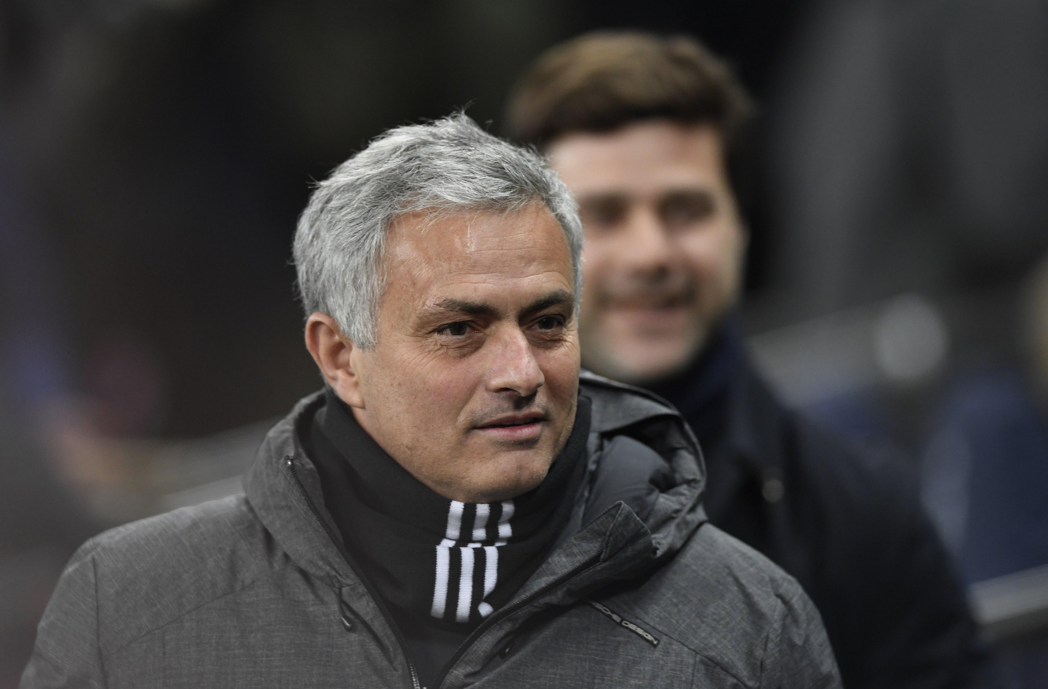 """José Mourinho: """"Wenger? Se ele está feliz, eu estou feliz"""""""