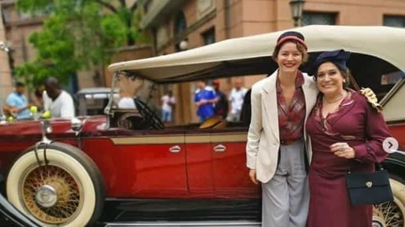 Portuguesa Joana de Verona ao lado de Susana Vieira em novela da Globo
