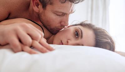 As alterações hormonais que mais afetam o desejo sexual feminino