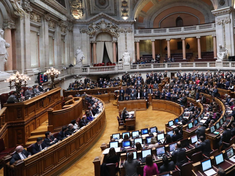 Parlamento suspende plenários na segunda semana de campanha autárquica