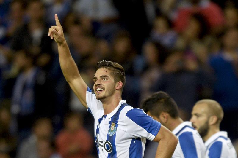 Adeptos do FC Porto podem começar a comprar bilhetes para o clássico