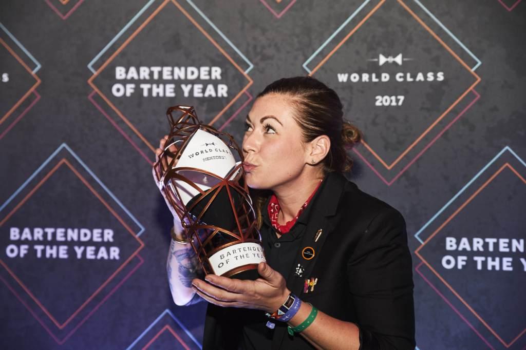 Kaitlyn, a canadiana que se sagrou a melhor Bartender do Mundo