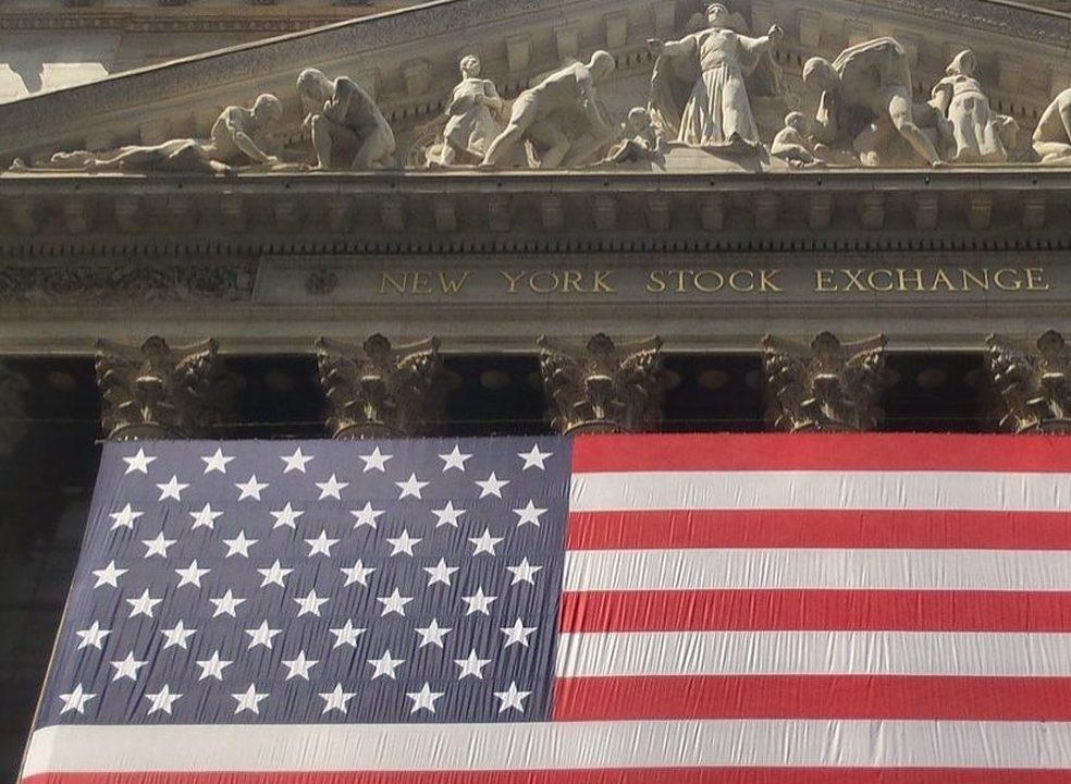Fed compensa Trump e Wall Street volta aos ganhos