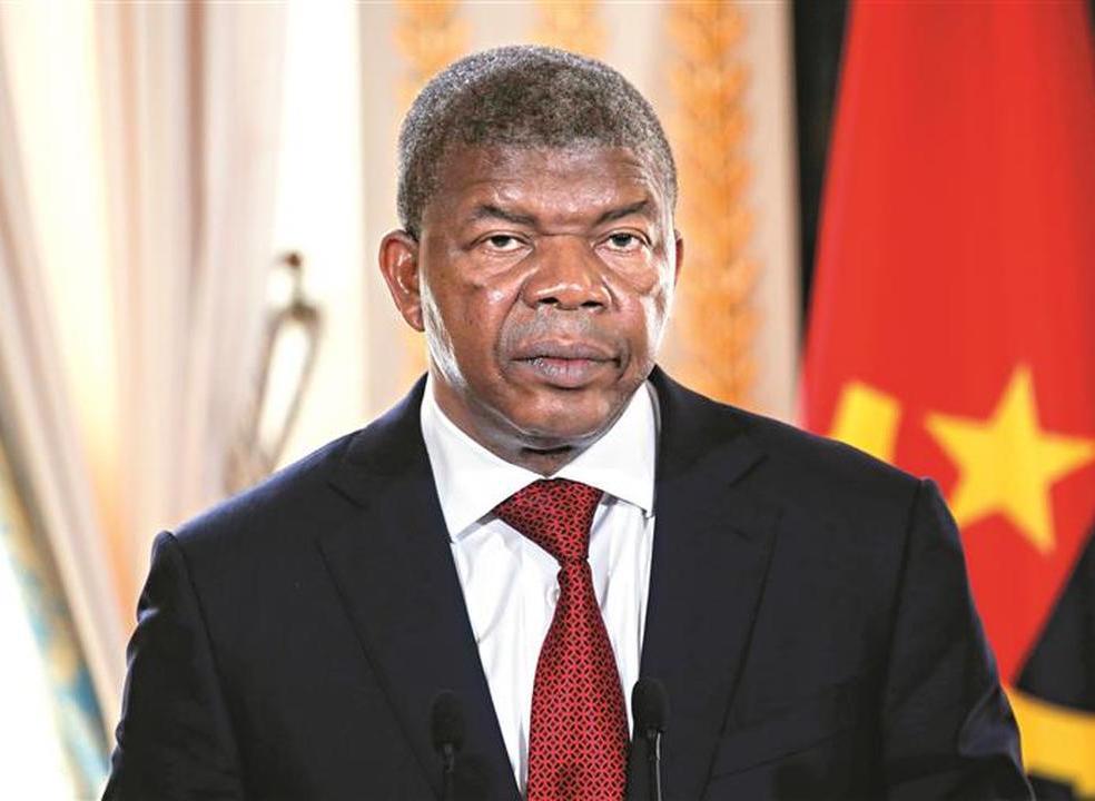 Angola: plano de privatizações sem encaixe antecipado