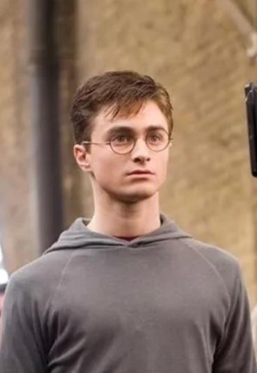 Quiz: Só um verdadeiro Potterhead consegue reconhecer estas personagens pelos olhos