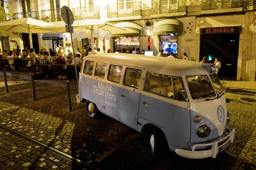 """Três horas, três petiscos e um trio de cocktails. Assim vai correr Lisboa numa mítica """"pão de forma"""""""