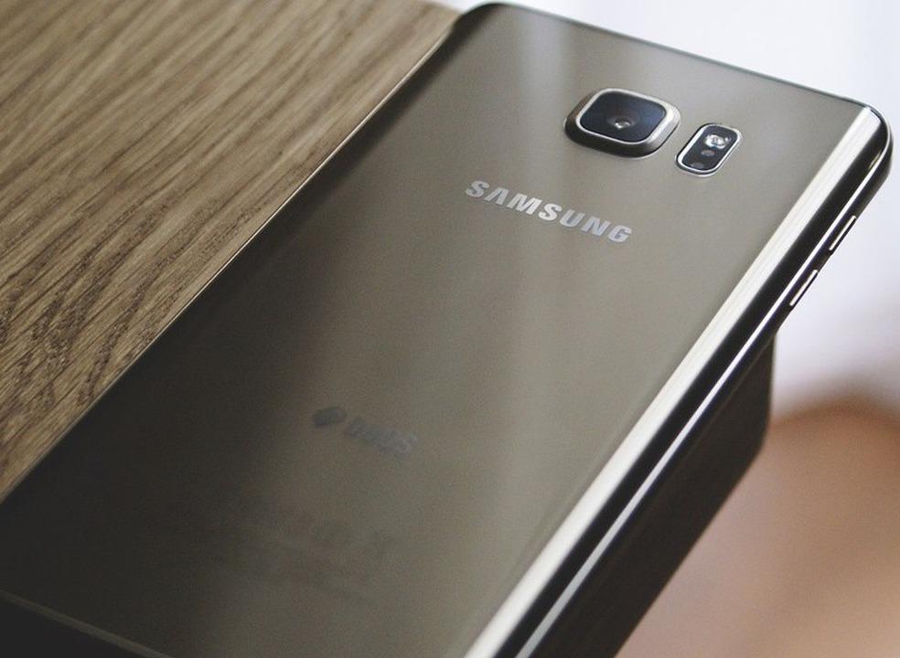 Guerra de patentes leva Samsung e Apple aos tribunais... mais uma vez