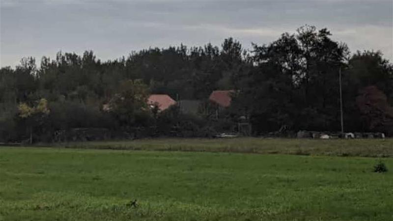 """Autoridades holandesas descobrem família que vivia isolada numa cave há nove anos à espera """"do fim dos tempos"""""""