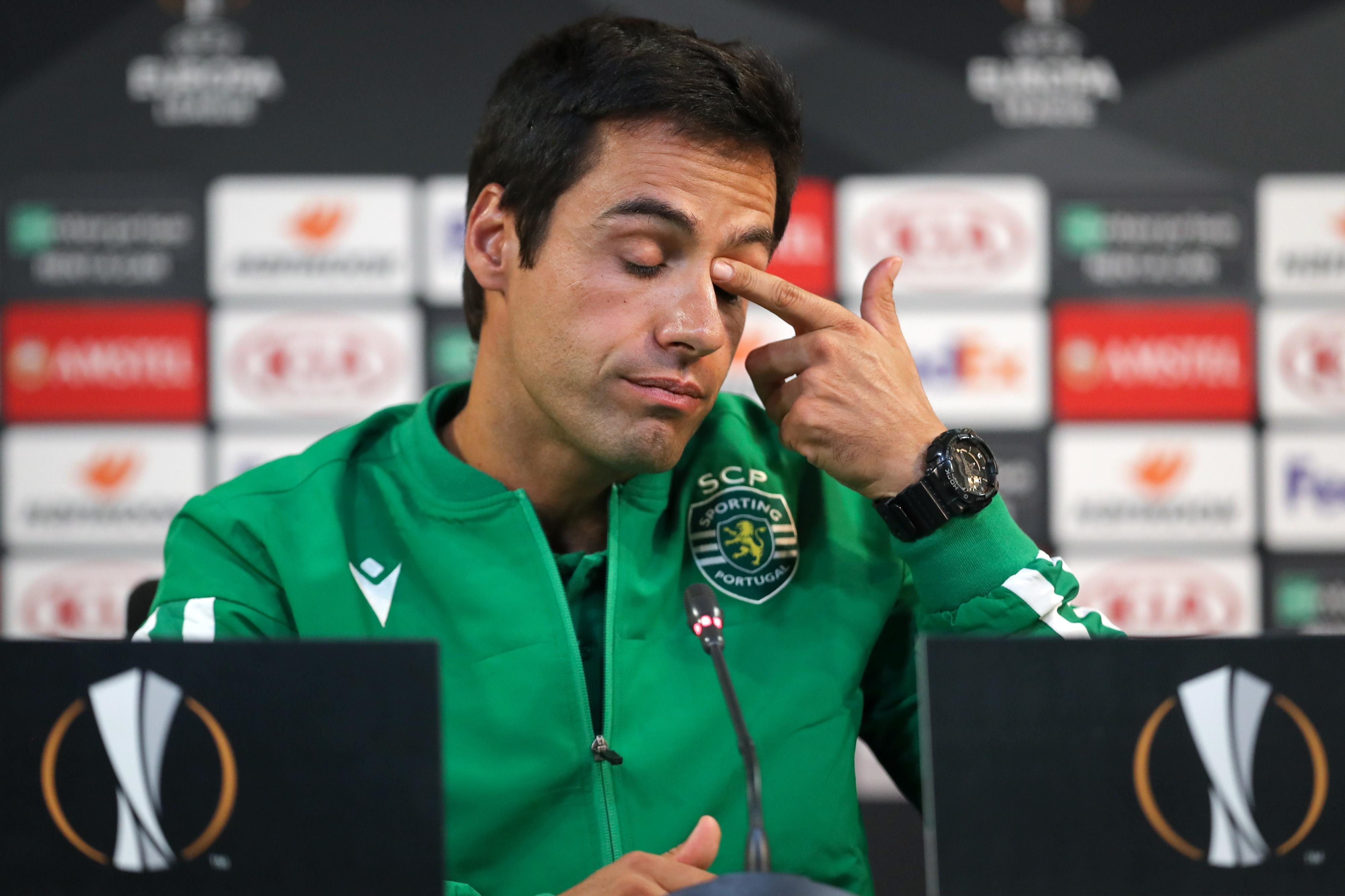"""Emanuel Ferro: """"Os jogadores que entraram deram tudo"""""""
