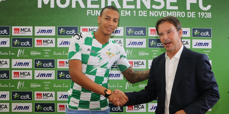 Avançado Cadiz rescinde por mútuo acordo com o Moreirense