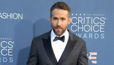 """""""Frozen"""" é como """"O Exorcista"""": Ryan Reynolds já não """"suporta"""" animação da Disney"""