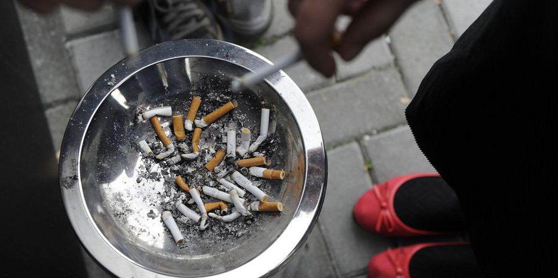 Como rapidamente também é facilmente possível deixar de fumar