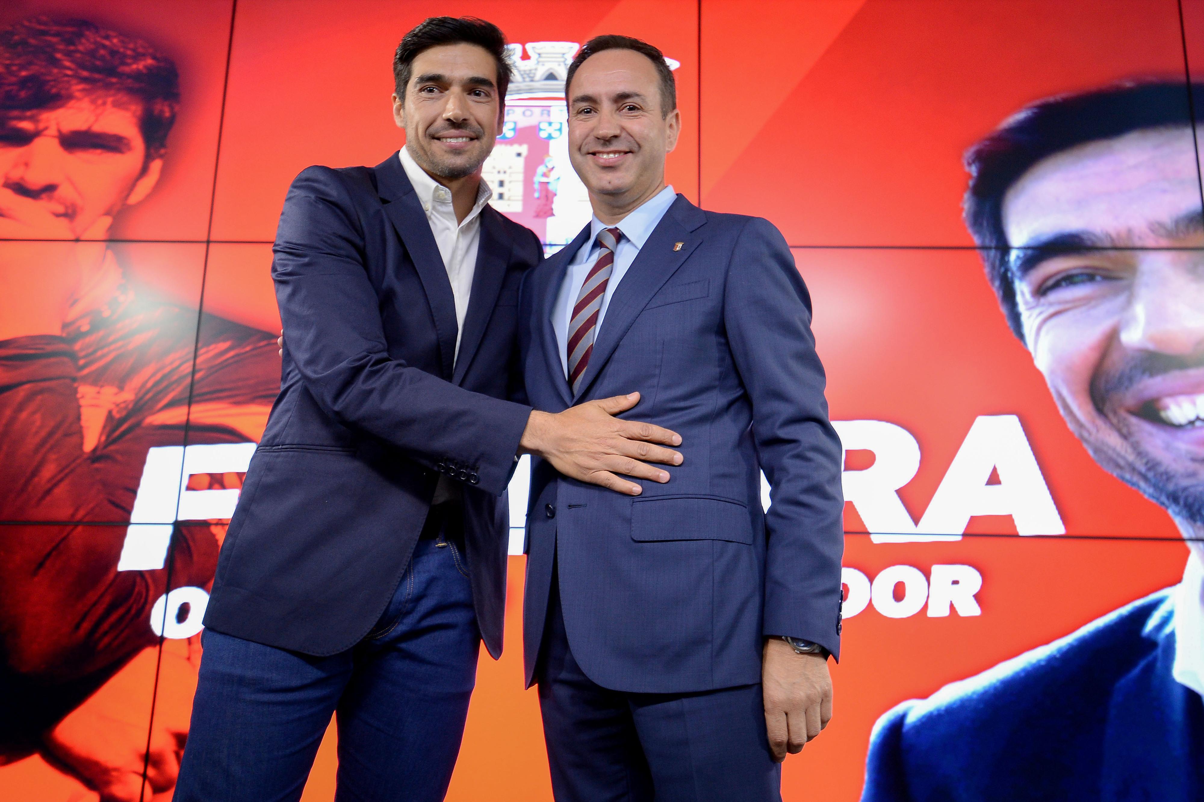 """Abel Ferreira: """"Só quem tiver caráter e valores continua no Sporting de Braga"""""""