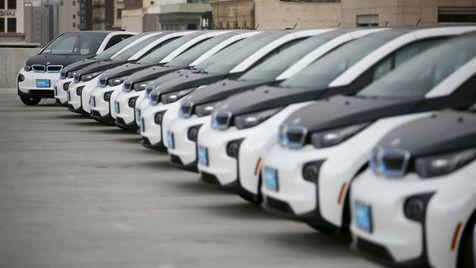 Transformar a energia de um carro em movimento em energia electrica