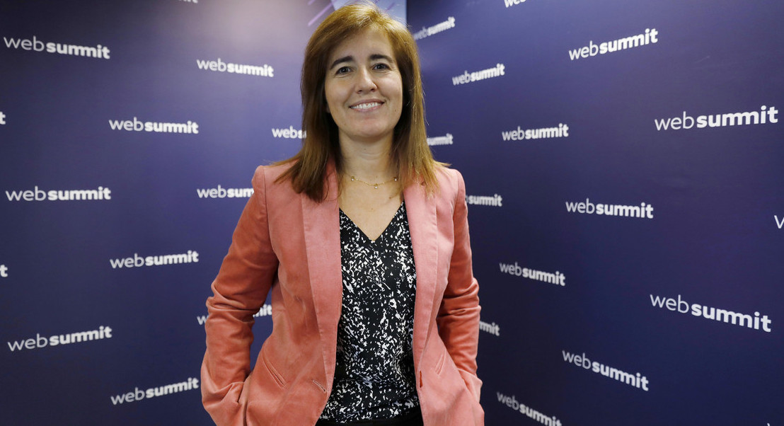 """""""Salário mínimo tem como objetivo aumentar condições de vida dos trabalhadores"""", afirma Ana Mendes Godinho"""