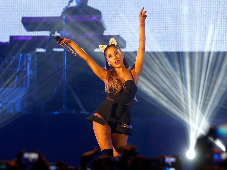 """""""Não tenho palavras"""". Ariana Grande reage a incidente na Manchester Arena"""