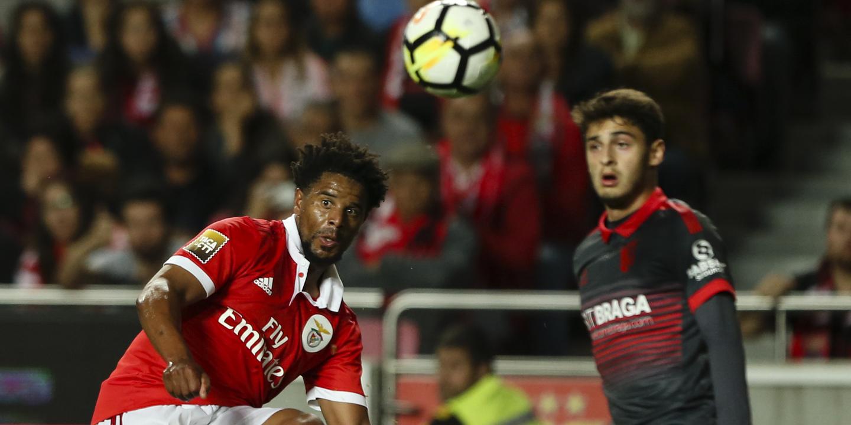 Eliseu poderá deixar o Benfica já em janeiro