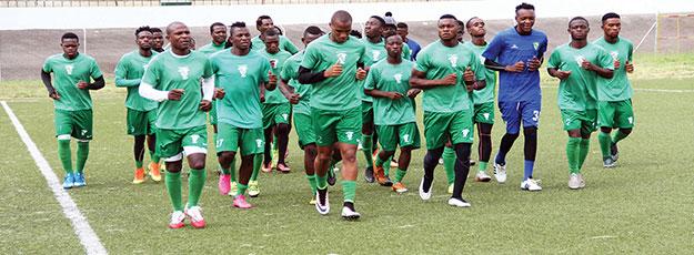 Futebol / Moçambique: Lider Ferroviário defronta UP Manica em jornada de acerto de calendário