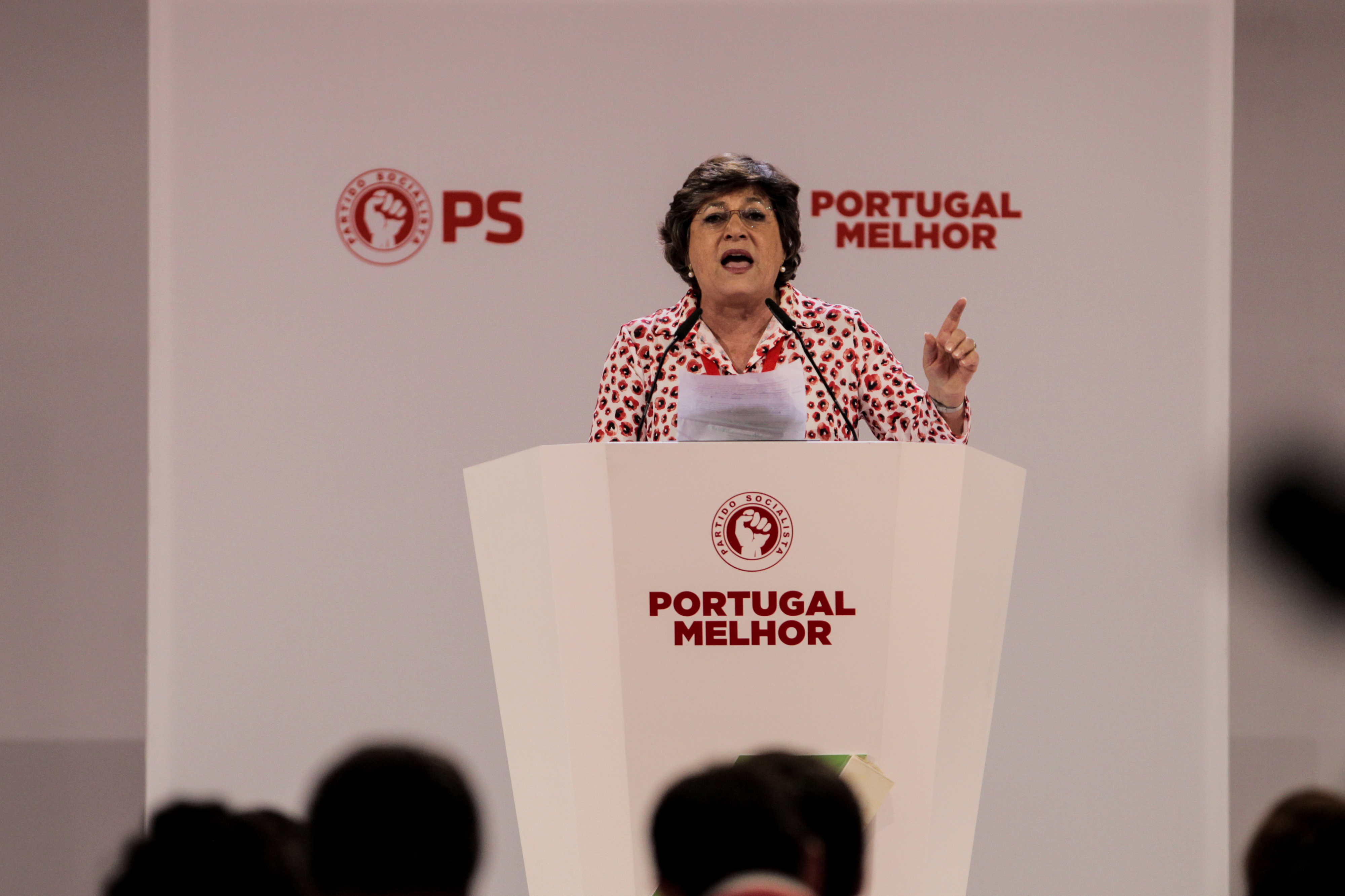 "Eurodeputada Ana Gomes visita Rui Pinto na prisão e entrega-lhe prémio ""whistleblower"""