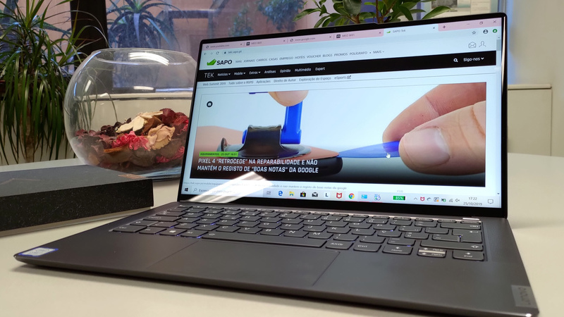 """Análise TEK: é bonito e poderoso, mas o pequeno Lenovo Yoga S940 não """"cabe em qualquer bolso"""""""