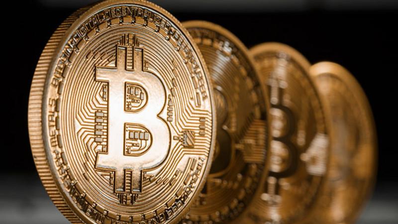 Bitcoins, notas falsas e Riviera Francesa: a burla que parece saída de filme de Hollywood