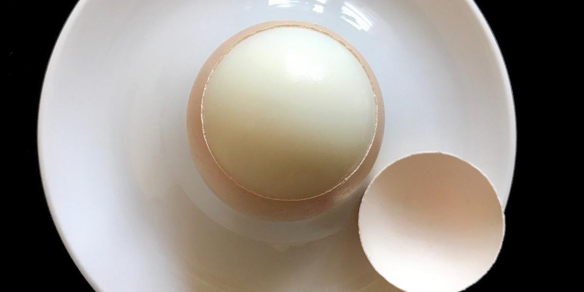 Ainda faz do ovo cozido um bicho de sete cabeças? Não tem segredo