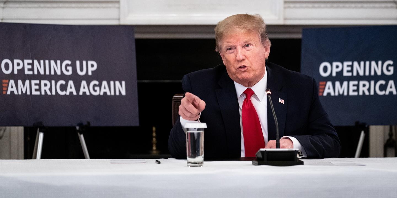 """Trump diz que pandemia está """"largamente superada"""" nos EUA"""