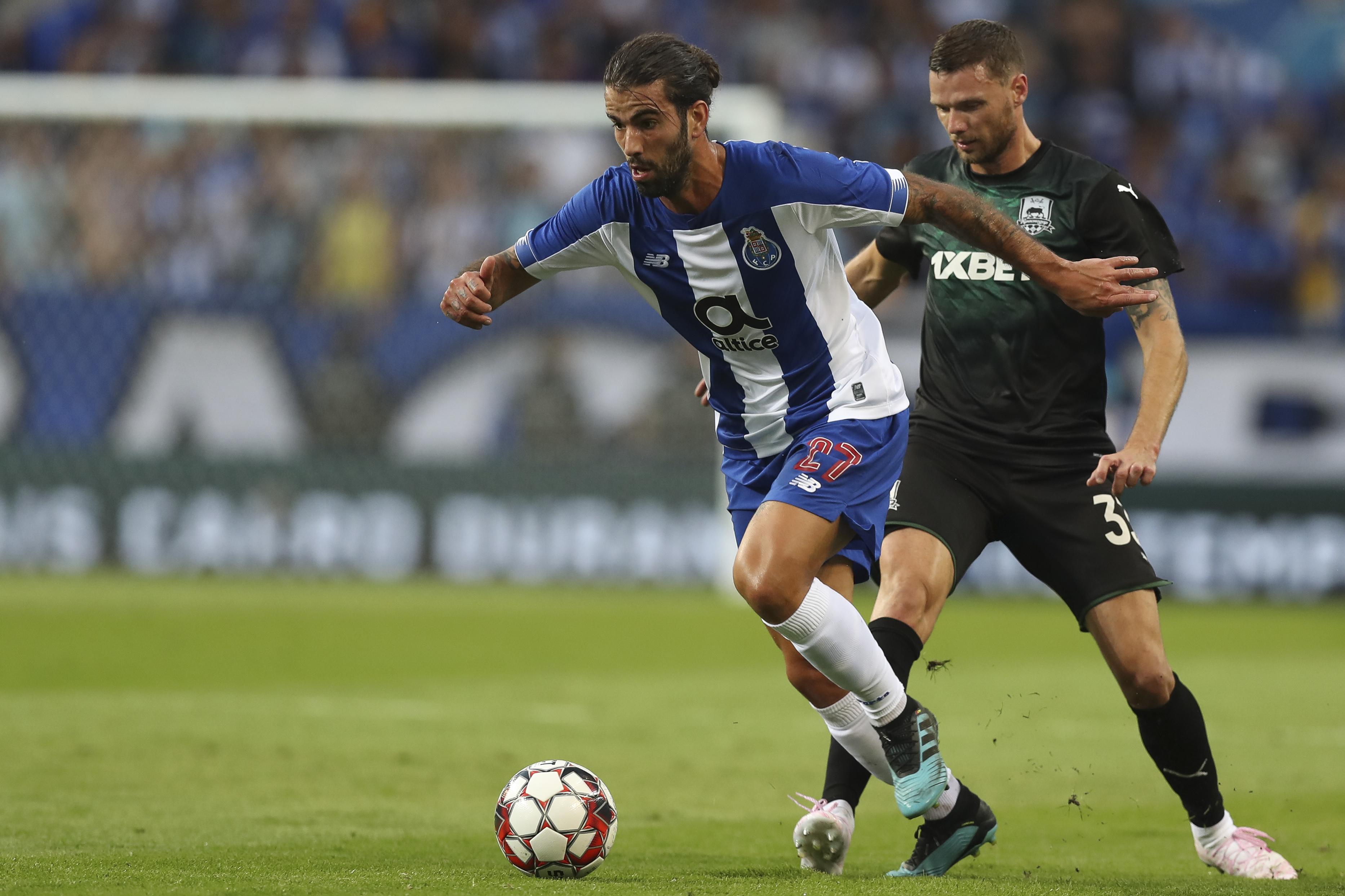 FC Porto regressa ao trabalho com Sérgio Oliveira recuperado
