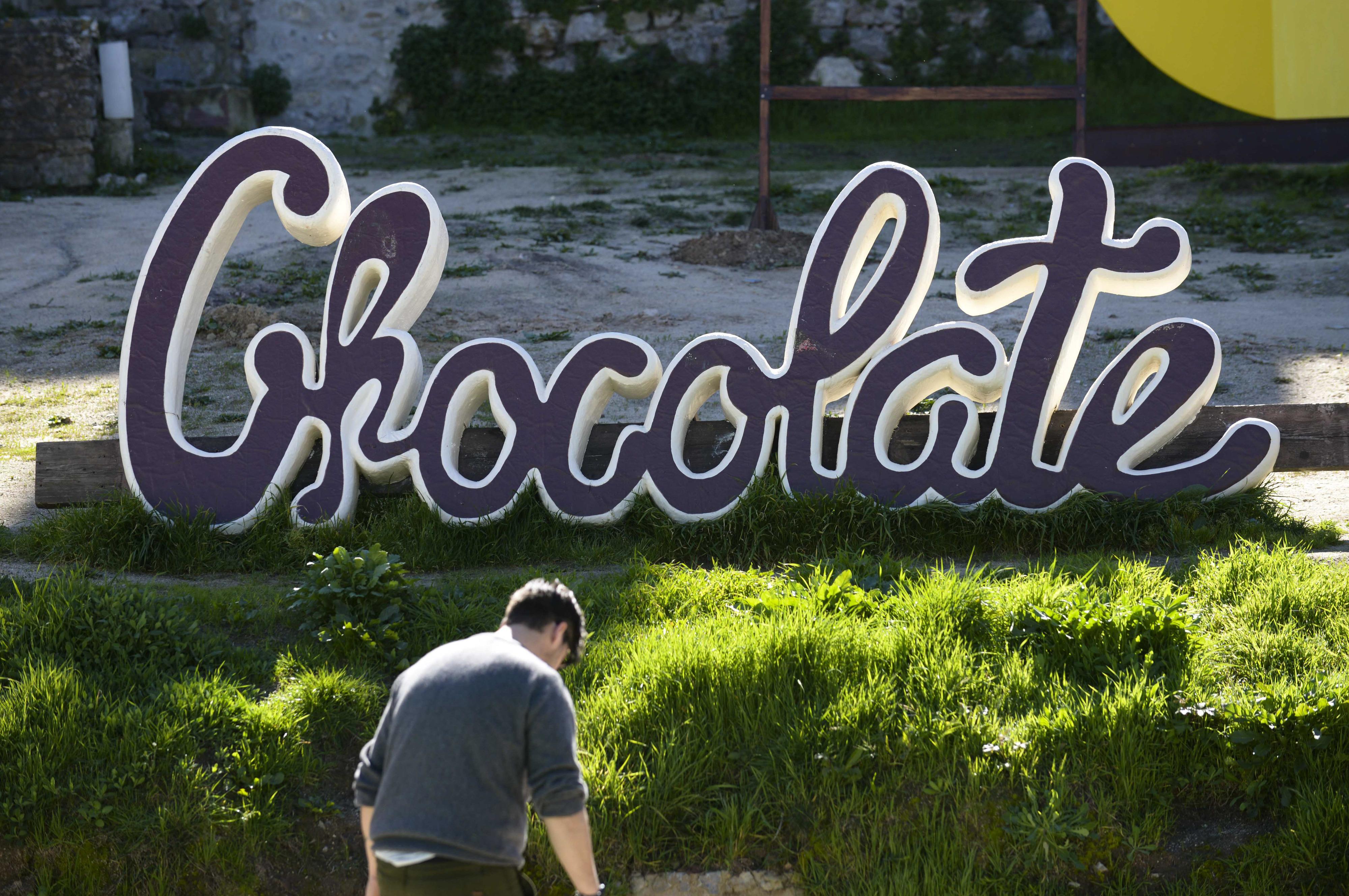 Festival de Óbidos alerta para alterações climáticas com esculturas de chocolate reciclado