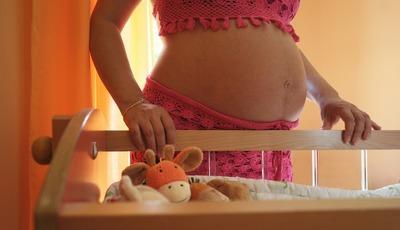 Incidência de AVC na gravidez está a aumentar. Conheça os sintomas e fatores de risco