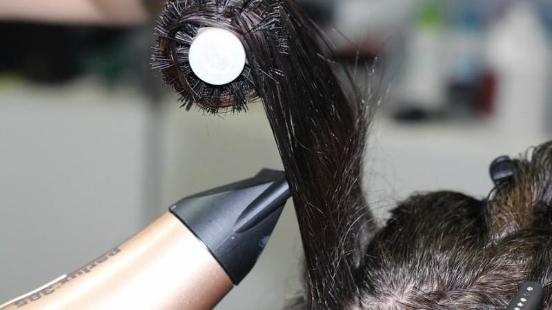 Dona de grupo de cabeleireiros suspeita de lesar o Estado em milhões de euros