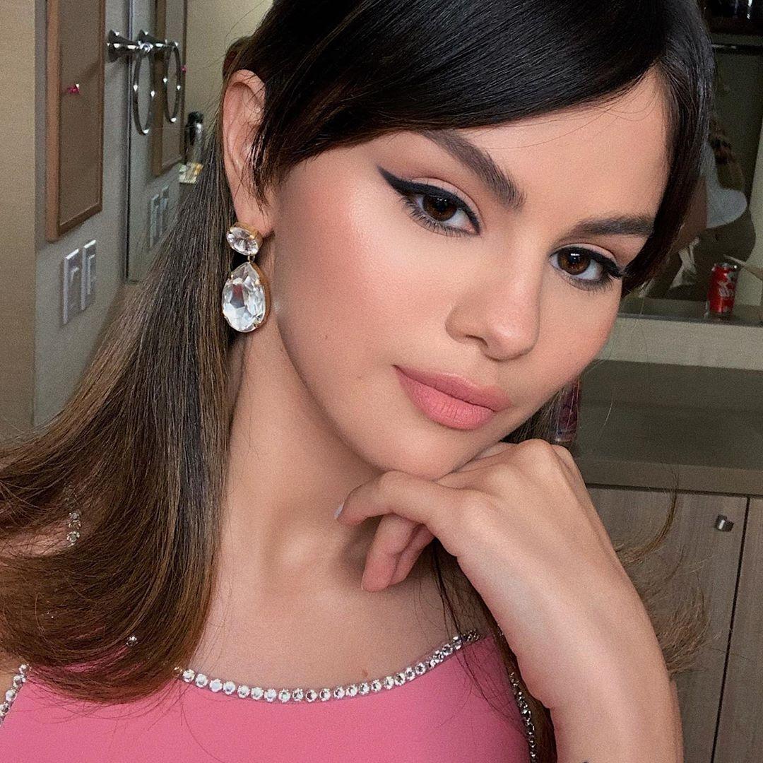 Selena Gomez, Vanessa Hudgens e Stella Maxwell : Os melhores looks de Beleza da semana
