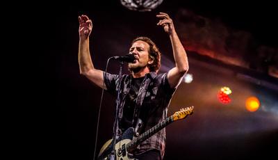 NOS Alive: febre de sábado à noite com os Pearl Jam