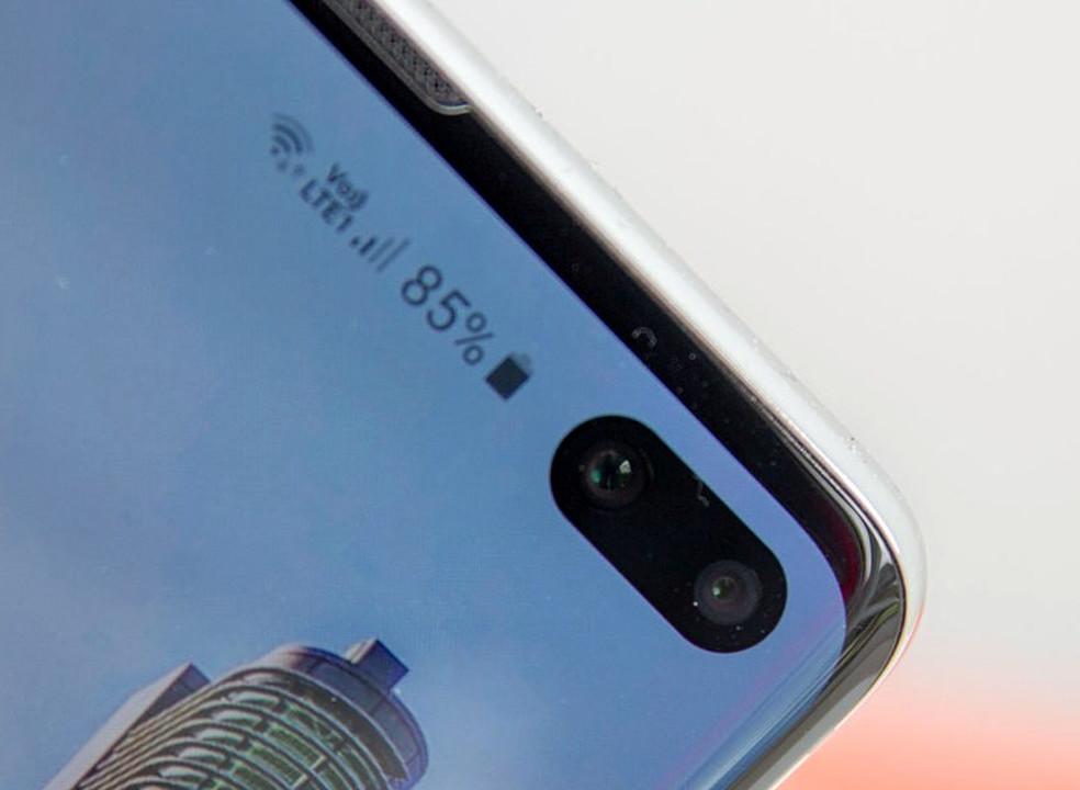 """Samsung regista patente para smartphone com ecrã """"rolável"""""""