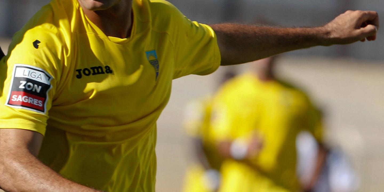Duarte Valente falha jogo do Estoril-Praia com o Desportivo das Aves