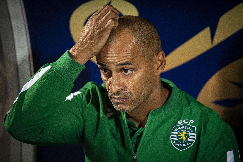 Setor defensivo dá dores de cabeça a Silas. Sporting já sofreu 20 golos em 2019/2020