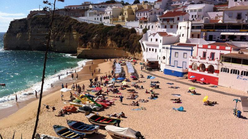 Preços das casas no Algarve sobem abaixo da média nacional pelo terceiro trimestre consecutivo