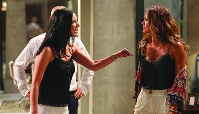 Em breve em 'Alma e Coração': Diana confronta Júlia sobre Vitória mas ouve o que não quer