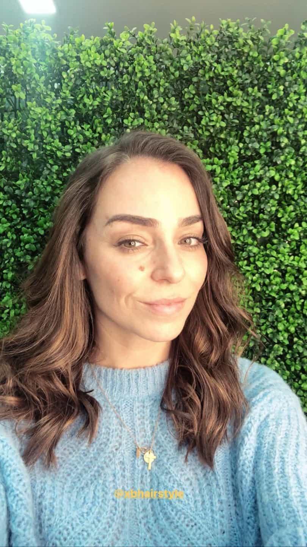 """Vanessa Martins refresca visual: """"Sou uma morena iluminada"""""""