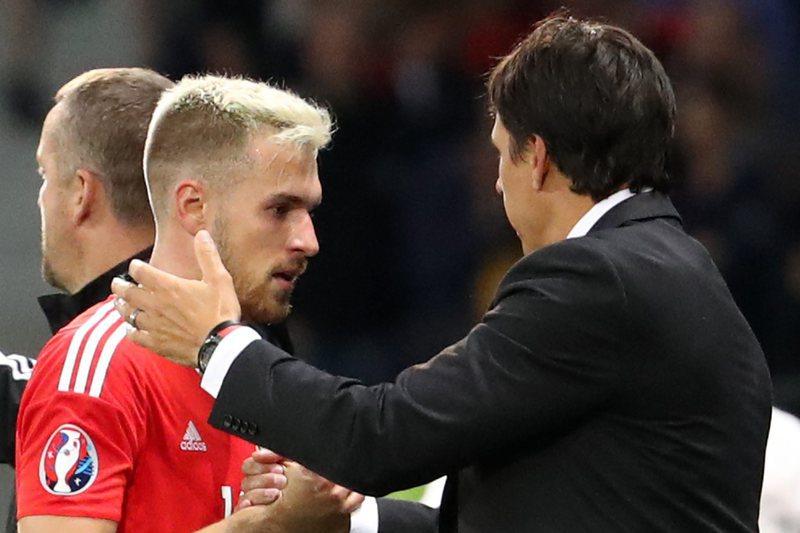 Lesionado Ramsey falha jogo contra a Moldávia