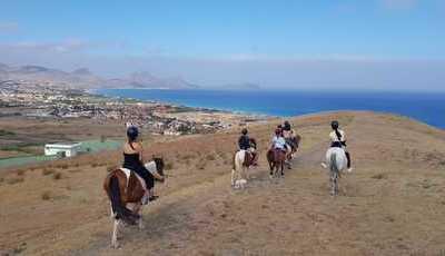 A cavalo, de bicicleta ou de barco: 10 formas diferentes de descobrir Porto Santo