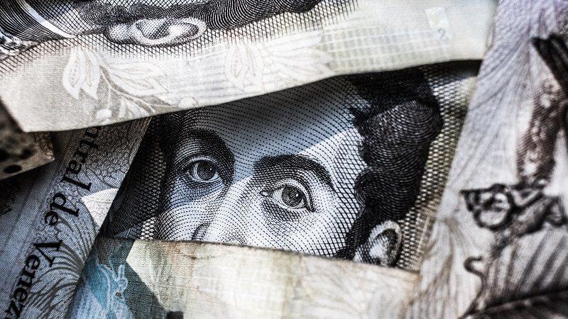 Um fenómeno à escala global chamado corrupção. Agora analisado em Portugal, Angola, Moçambique e Macau
