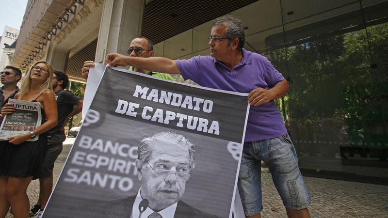Lesados do BES protestam em Lisboa e prometem continuar até ao Parlamento Europeu
