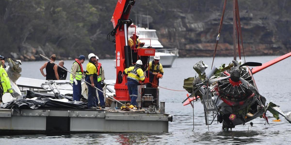 Piloto de hidroavião que sofreu acidente mortal pode ter sido derrubado por um passageiro a tirar fotos