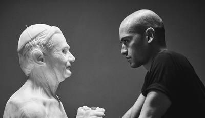 Escultor autodidata cria estátuas de um realismo impressionante